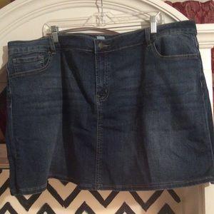Dresses & Skirts - STretch Jean skirt sz 22